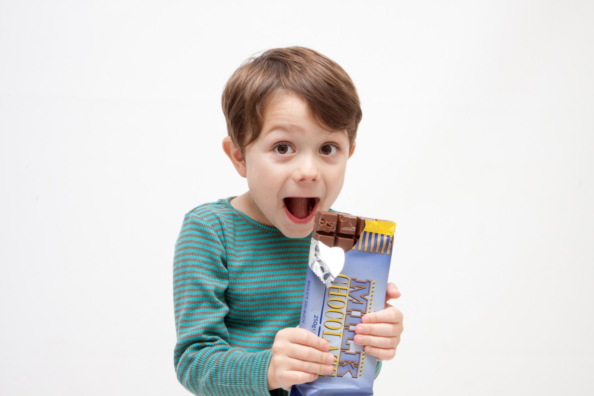 クーベルチュールと市販の板チョコの違いって?